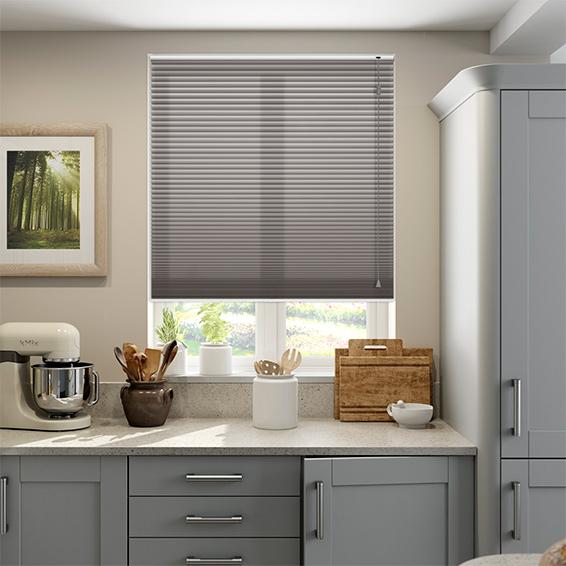 Rèm lá nhôm màu ghi cho phòng bếp